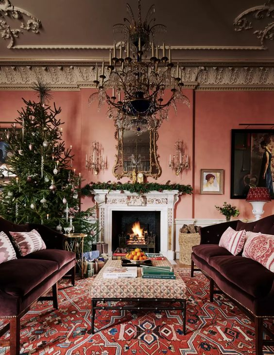 The Christmas tree at Ven, a grand country house in Somerset, is traditionally decorated with candles and white and gold decorations. MICHAEL SINCLAIR