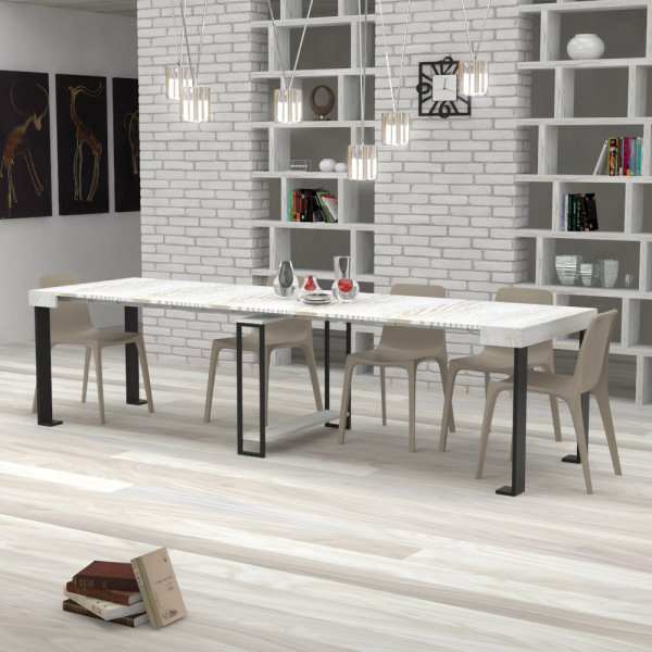 Consolle trasformata in tavolo da pranzo in stile industrial chic Urano