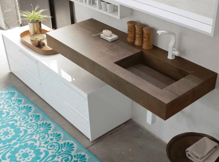 Lavabo bagno sospeso con vasca integrata in stratificato